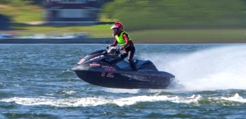 Water_scooter_racer_2012 650